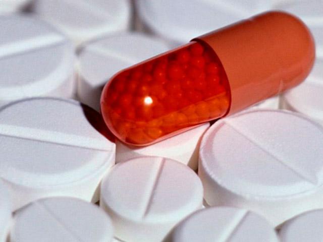 Таблетки в капсулах и обычные