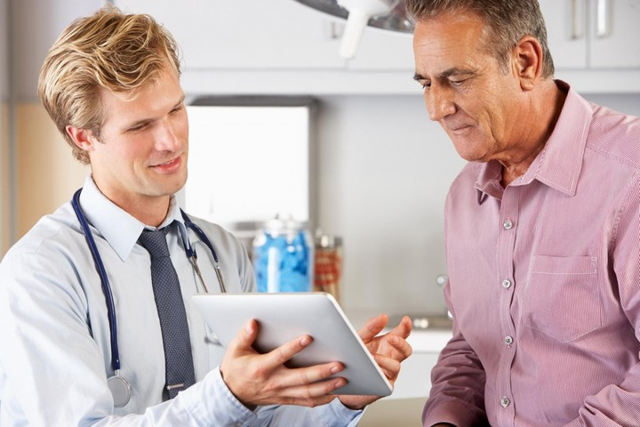 врач-и-пациент