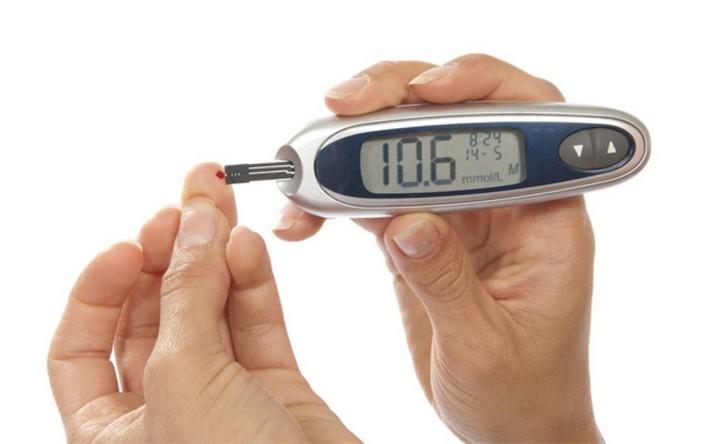 Почему повышается сахар в крови: симптомы гипергликемии